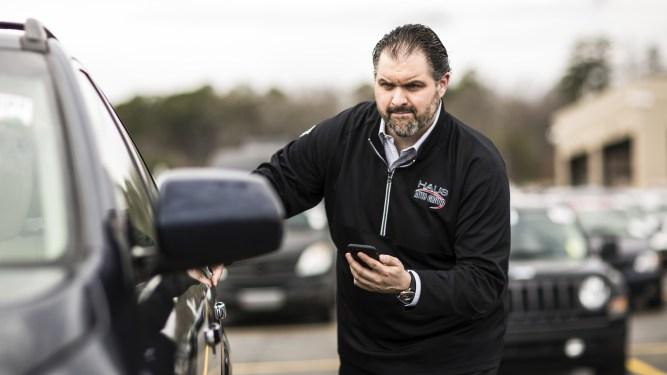 Managing an Auto Dealer Floor Plan