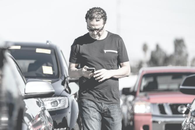 Dealer using First Gear
